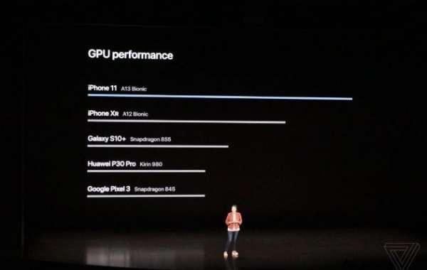 """Đây là lần đầu tiên Apple """"cà khịa"""" hiệu năng với các smartphone khác"""