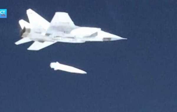 """Mỹ thừa nhận """"sốc"""" về vũ khí siêu vượt âm Nga"""